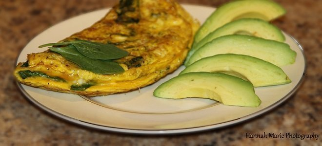 Spinach Omelet Featured
