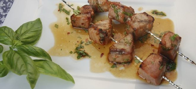 Basil-Ginger Marinated Tuna Kebabs Featured