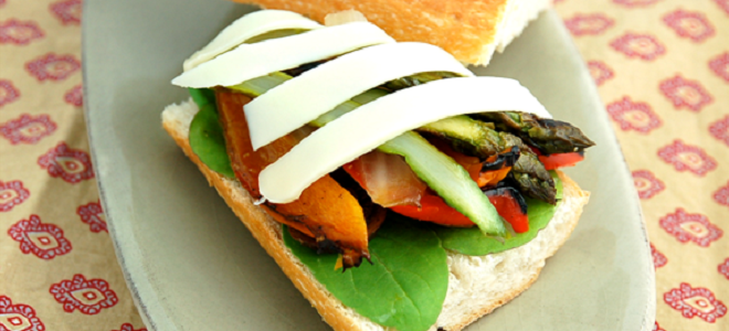 Grilled Vegetable Sandwich Featured