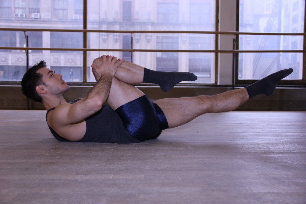 Dance Inspired Workouts To Tone Your Body Single Leg Stretch A