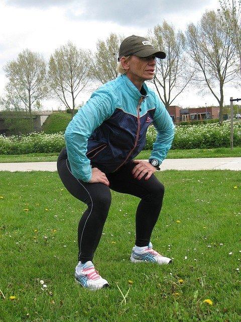 5 Great Wedding Season Workouts squat