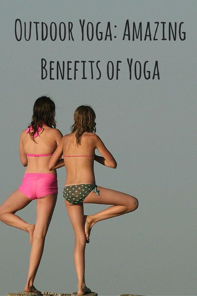 Outdoor Yoga- Amazing Benefits of Yoga (1)