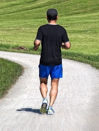 The Benefits of Staying Healthy Year Round Jogging