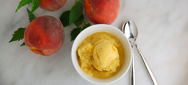 Recipe: Peach Maca Soft Ice Cream