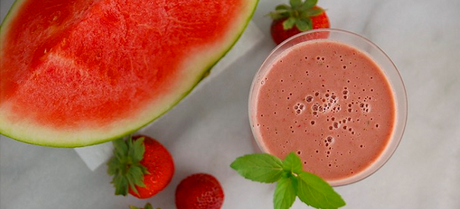 Watermelon Smoothie Featured