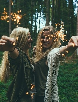 Chill Out! 5 Ways to Turn Down Your Daily Stress Level friends
