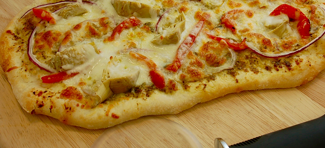 Recipe: Artichoke and Red Pepper Pizza