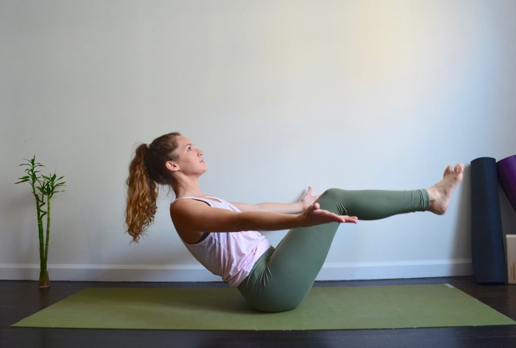 5 Fat Burning Yoga Poses You Have to Try