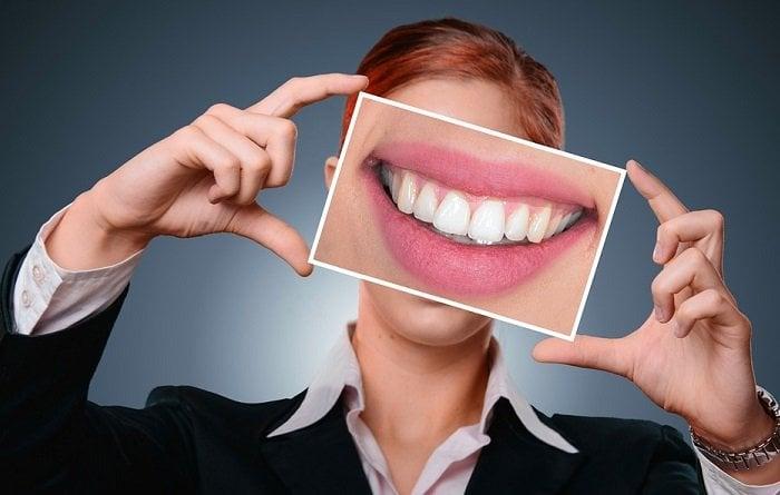 Healthy Teeth Who Needs Dental Implants Today