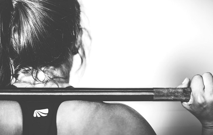 4 Reasons Why Every Women Should Lift Weights