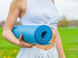 6 Tips On Buying Your First Yoga Mat